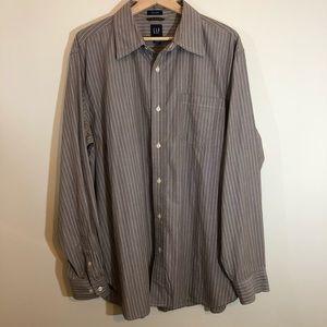 Gap Men's Large Long Sleeve Botton Down Shirt